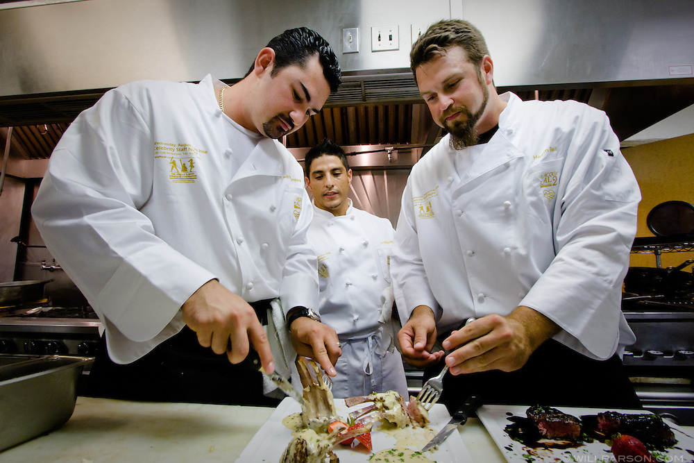Padres teammates Adrian Gonzalez and Heath Bell try their hands as gourmet chefs for the Adrian and Betsy Gonzalez Foundation Celebrity Dinner at Acqua Al 2 in downtown San Diego, Aug. 27, 2008.
