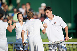 LONDON, ENGLAND - Thursday, June 25, 2009: Kenneth Skupski (GBR) and Katie O'Brien (GBR) during the Mixed Doubles 1st Round match on day four of the Wimbledon Lawn Tennis Championships at the All England Lawn Tennis and Croquet Club. (Pic by David Rawcliffe/Propaganda)