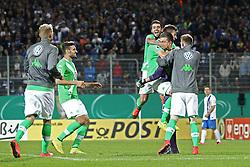 17.08.2014, Merck-Stadion am Boellenfalltor, Darmstadt, GER, DFB Pokal, SV Darmstadt 98 vs VFL Wolfsburg, 1. Runde, im Bild Max Gruen (Torwart/VFL Wolfsburg) jubelt mit Vieirinha (VFL Wolfsburg) und Robin Knoche (VFL Wolfsburg) // during the 1st round match of German DFB Pokal between SV Darmstadt 98 and VFL Wolfsburg at the Merck-Stadion am Boellenfalltor in Darmstadt, Germany on 2014/08/17. EXPA Pictures © 2014, PhotoCredit: EXPA/ Eibner-Pressefoto/ Bermel<br /> <br /> *****ATTENTION - OUT of GER*****