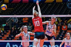 09–01-2020 NED: Olympic qualification tournament women, Apeldoorn<br /> Croatia - Belgium / Martina Samadan #14 of Croatia, Bernarda Brcic #15 of Croatia