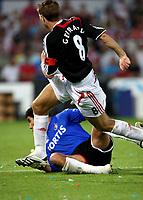 Photo: Maarten Straetemans.<br /> Feyenoord v Liverpool. Rotterdam Tournament. 05/08/2007.<br /> Steven Gerrard levels the score to 1-1