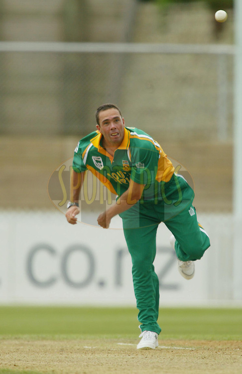 11th February 2004. Cricket, South African tour of New Zealand, Westpac Park, Hamilton, New Zealand..South Africa vs Northern Knights..Nicky Boje (SA) bowling.South Africa won by 6 wickets..Please credit: Sandra Teddy/ Photosport