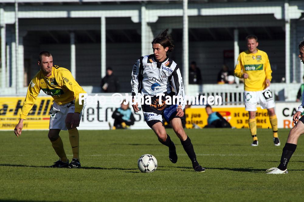 18.05.2008, Hietalahti, Vaasa, Finland..Veikkausliiga 2008 - Finnish League 2008.Vaasan Palloseura - Kuopion Palloseura.Tony Bj?rk - VPS.©Juha Tamminen.....ARK:k