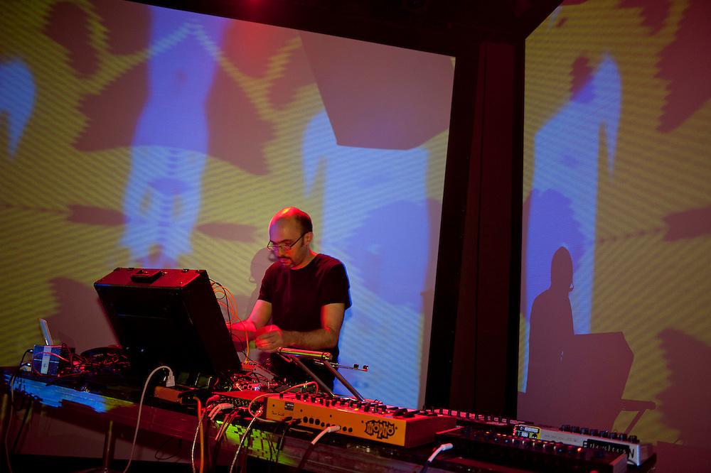 MUTEK 2011/NOCTURNE 2 / SAVOY / MATEO MURPHY