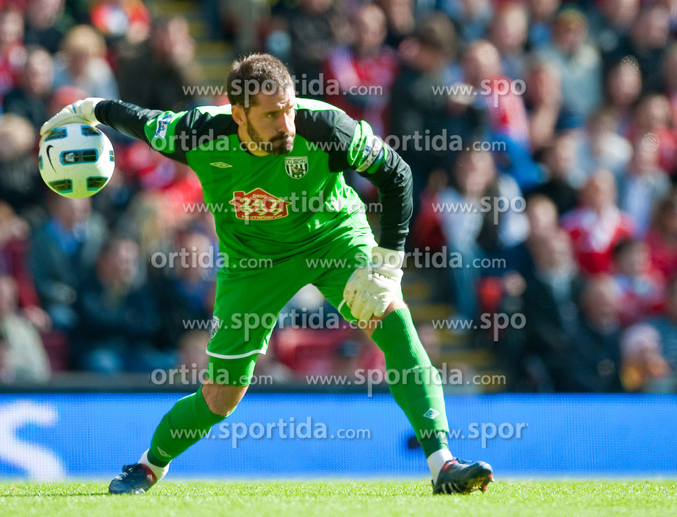 29.08.2010, Anfield, Liverpool, ENG, PL, Liverpool FC vs West Bromwich Albion?, im Bild Former Liverpool player, West Bromwich Albion's goalkeeper Scott Carson during the Premiership match at Anfield, EXPA Pictures © 2010, PhotoCredit: EXPA/ Propaganda/ D. Rawcliffe *** ATTENTION *** UK OUT! / SPORTIDA PHOTO AGENCY