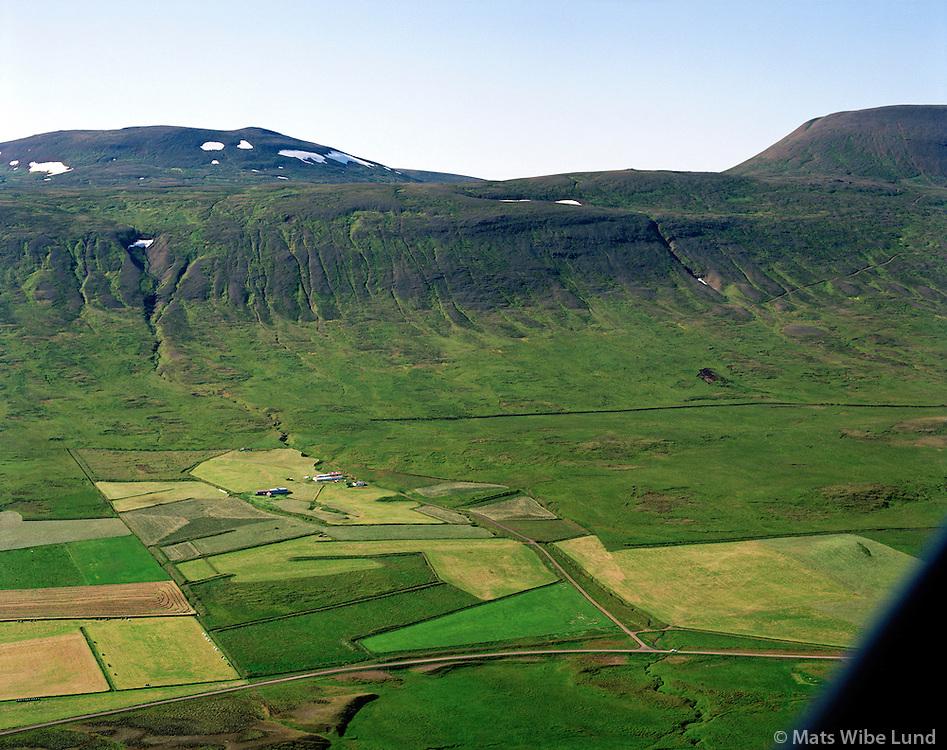 Geirmundarstaðir séð til vesturs, Staðarhreppur / Geirmundarsdtadir viewing west. Stadarhreppur