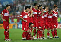 Team Turkey during penalty shots during the UEFA EURO 2008 Quarter-Final soccer match between Croatia and Turkey at Ernst-Happel Stadium, on June 20,2008, in Wien, Austria.  Won of Turkey after penalty shots. (Photo by Vid Ponikvar / Sportal Images)