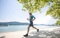 07.07.2019, Klagenfurt, AUT, Ironman Austria, Laufen, im Bild Andreas Giglmayr (AUT) // Andreas Giglmayr (AUT) during the run competition of the Ironman Austria in Klagenfurt, Austria on 2019/07/07. EXPA Pictures © 2019, PhotoCredit: EXPA/ Johann Groder