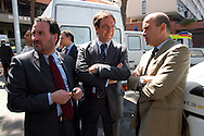 Roma 19 Aprile 2006<br /> Sgombero  11° ponte al quartiere Laurentino 38.<br /> Nella foto: Luca Petrucci, Presidente Ater, Bruno Astorre , Assessore ai Lavori pubblici e politica della casa della Regione Lazio,  Luca Odevaine vice capo di gabinetto del sindaco di Roma Walter Veltroni.<br /> Rome April 19, 2006<br /> Eviction  11 ° to the bridge district Laurentino 38.<br /> Pictured: Luca Petrucci, President Ater, Bruno Astorre, Councillor for Public Works and housing policy of the Lazio Region, Luca Odevaine vice chief of staff of the Mayor of Rome Walter Veltroni.
