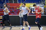DESCRIZIONE: Berlino EuroBasket 2015 - Allenamento<br /> GIOCATORE:Alessandro Gentile Danilo Gallinari Pietro Aradori<br /> CATEGORIA: Allenamento<br /> SQUADRA: Italia Italy<br /> EVENTO:  EuroBasket 2015 <br /> GARA: Berlino EuroBasket 2015 - Allenamento<br /> DATA: 07-09-2015<br /> SPORT: Pallacanestro<br /> AUTORE: Agenzia Ciamillo-Castoria/M.Longo<br /> GALLERIA: FIP Nazionali 2015<br /> FOTONOTIZIA: Berlino EuroBasket 2015 - Allenamento