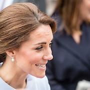 NLD/Den Haag/20161011 - Catherine, hertogin van Cambridge, Kate Middleton, bezoekt het Mauritshuis in Den Haag,