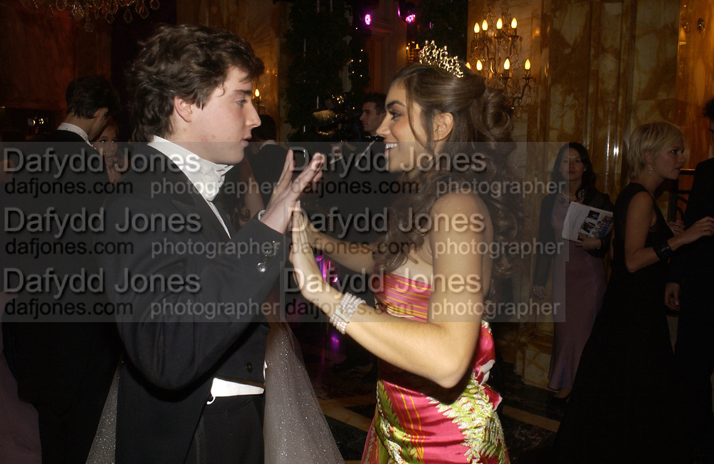 Sofia Barclay and Sebastian Donnelly. The 2005 Crillon Debutante Ball. Crillon Hotel, Paris. 26  November 2005. ONE TIME USE ONLY - DO NOT ARCHIVE  © Copyright Photograph by Dafydd Jones 66 Stockwell Park Rd. London SW9 0DA Tel 020 7733 0108 www.dafjones.com