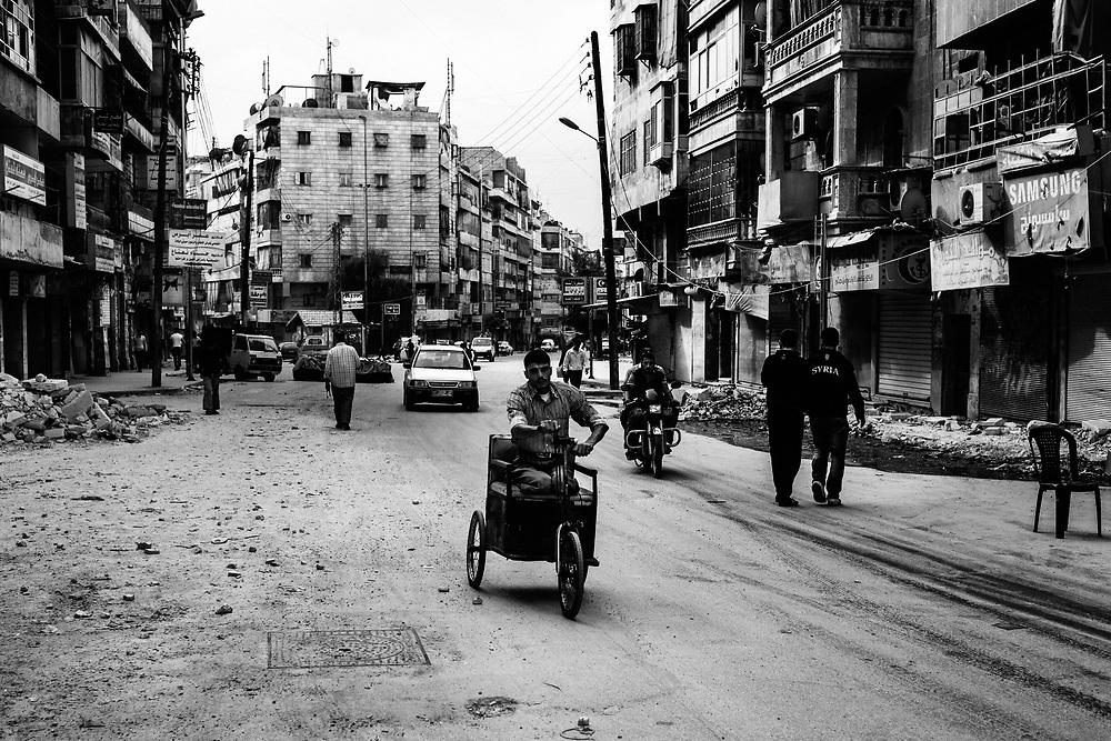 Syria, Aleppo, 2012/10/11.<br /> Tareeq Al-Bab district.<br /> Daily life in Aleppo.