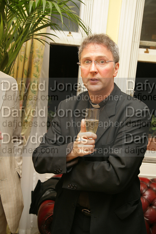 Michael Seed, Richard and Basia Briggs host a party to celebrate Leopold the Horse's 21st Birthday. 35 Sloane Gdns. London SW1. -DO NOT ARCHIVE-© Copyright Photograph by Dafydd Jones. 248 Clapham Rd. London SW9 0PZ. Tel 0207 820 0771. www.dafjones.com.