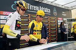 March 15, 2019 - Pomarance, Pisa, Italia - Foto Gian Mattia D'Alberto / LaPresse.15/03/2019 Pomarance (Italia) .Sport Ciclismo.Tirreno-Adriatico 2019 - edizione 54 - da Pomarance a Foligno  (226 km) .Nella foto: Primoz Roglic SLO..Photo Gian Mattia D'Alberto / LaPresse .March 15, 2018 Pomarance (Italy).Sport Cycling.Tirreno-Adriatico 2019 - edition 54 - Pomarance to Foligno (140 miglia) .In the pic:Primoz Roglic SLO (Credit Image: © Gian Mattia D'Alberto/Lapresse via ZUMA Press)
