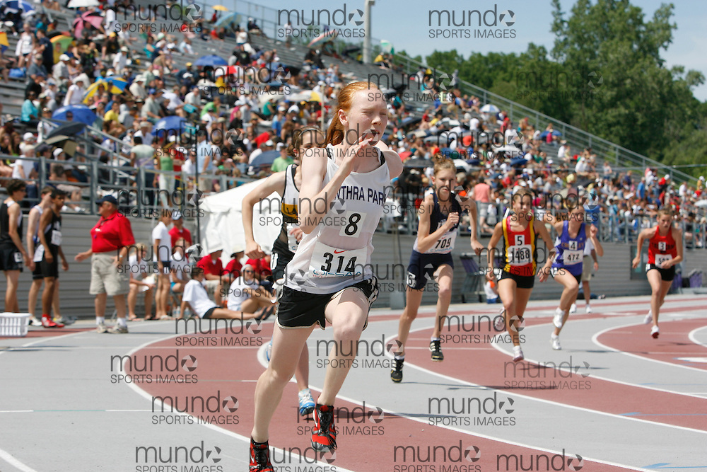 (London, Ontario}---05 June 2010) Alix Tier of Cawthra Park - Mississauga competing in the 800m final at the 2010 OFSAA Ontario High School Track and Field Championships in London, Ontario, June 05, 2010 . Photograph copyright dave chidley / Mundo Sport Images, 2010.
