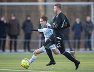 FODBOLD: Lucas Haren (FC Helsingør) forsøger at komme forbi Philip Olsen (AB) under træningskampen mellem FC Helsingør og AB den 19. januar 2019 på Snekkersten Idrætscenter. Foto: Claus Birch