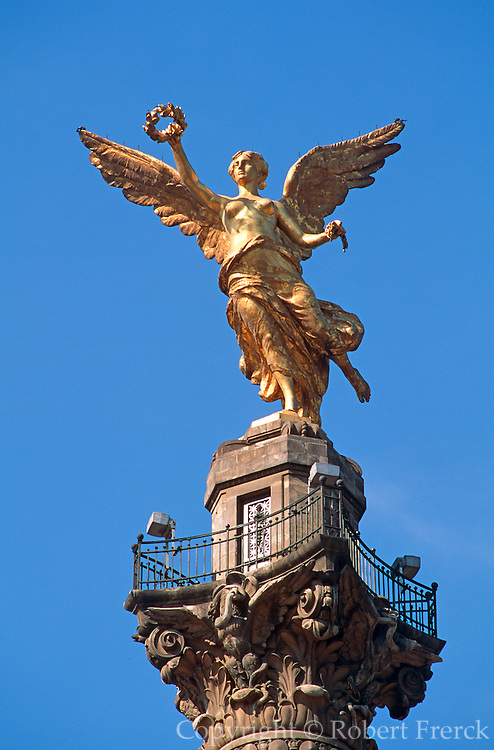 MEXICO, MEXICO CITY, CITYSCAPE the Independence 'Angel' Monument, the symbol of Mexico City, 118' tall on Paseo de la Reforma at Florencia