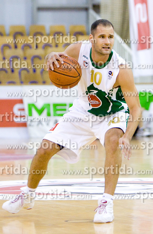 Dusan Djordjevic of Olimpija at Superpokal basketball match between KK Union Olimpija and Elektra Esotech, on September 27, 2009, in Arena Tivoli, Ljubljana, Slovenia. Olimpija won 95:62.  (Photo by Vid Ponikvar / Sportida)