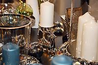 Mannheim. 04.11.17 | Lange Nacht der Kunst und Genüsse<br /> Lange Nacht der Kunst und Genüsse in den Stadtteilen.<br /> - Feudenheim. Eröffnung bei Wohnkult & Genuss<br /> <br /> BILD- ID 20933 |<br /> Bild: Markus Prosswitz 04NOV17 / masterpress (Bild ist honorarpflichtig - No Model Release!)