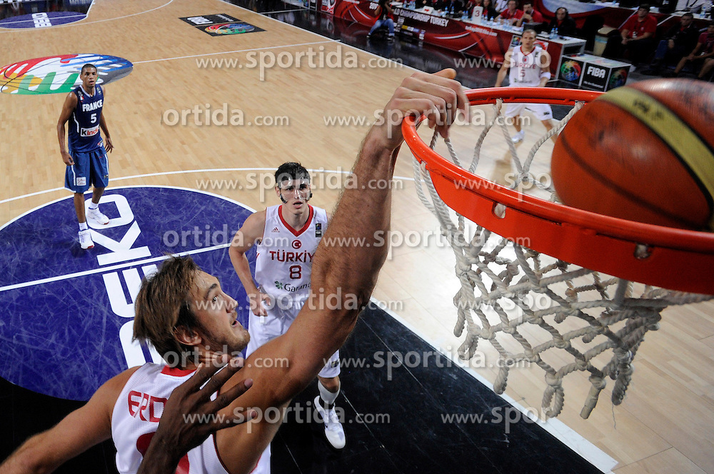 Semih Erden of Turkey during  the eight-final basketball match between National teams of Turkey and France at 2010 FIBA World Championships on September 5, 2010 at the Sinan Erdem Dome in Istanbul, Turkey. (Photo By Vid Ponikvar / Sportida.com)