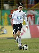 WROCLAW 26/10/2010.Puchar Polski 1/8 finalu .Sezon 2010/2011.Slask Wroclaw v Legia Warszawa.Na zdj. Marcin Komorowski /Legia/.Fot. Piotr Hawalej / WROFOTO