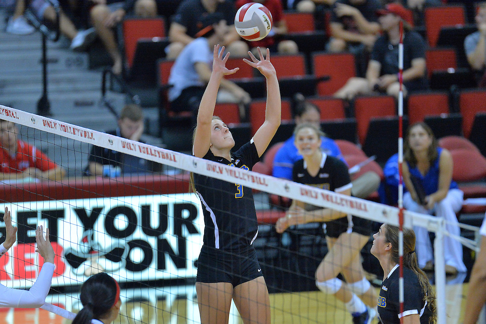 August 26, 2016; Las Vegas, Nev.; UC Santa Barbara setter Hannah Juley (3) sets a ball during a match between the UNLV Lady Rebels and UC Santa Barbara Gauchos. UNLV defeated UCSB 3-0.