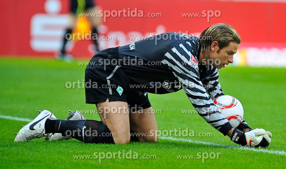21.08.2010, Rhein-Neckar-Arena, Sinsheim, GER, 1. FBL, TSG Hoffenheim vs Werder Bremen, im Bild Tim Wiese (Bremen #1), .EXPA Pictures © 2010, PhotoCredit: EXPA/ nph/  Roth+++++ ATTENTION - OUT OF GER +++++ / SPORTIDA PHOTO AGENCY