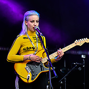 Du Blonde performs at Kew the Music 2019