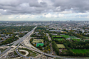 Nederland, Zuid-Holland, Schiedam, 23-10-2013; Kethelplein en aanleg van de verlengde A4 (A4 Delft-Schiedam). A20 richting Rotterdam.<br /> Construction land tunnel of the extended A4 (A4 Delft-Schiedam) between Vlaardingen and Schiedam, connection with A20 - in the direction of Rotterdam. <br /> luchtfoto (toeslag op standaard tarieven);<br /> aerial photo (additional fee required);<br /> copyright foto/photo Siebe Swart.