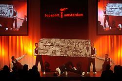 13-12-2010 ALGEMEEN: TOPSPORT GALA AMSTERDAM: AMSTERDAM<br /> In de Westergasfabriek werd het gala van de beste sportman, -vrouw, coach en ploeg gekozen / Entertainment tijdens het gala<br /> ©2010-WWW.FOTOHOOGENDOORN.NL