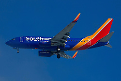 Boeing 737-7H4 (N767SW) operated by Southwest Airlines on approach to San Francisco International Airport (SFO), San Francisco, California, United States of America