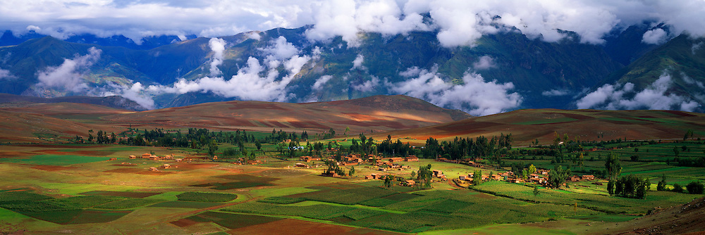 PERU, HIGHLANDS, CUZCO AREA village and fields near Chinchero