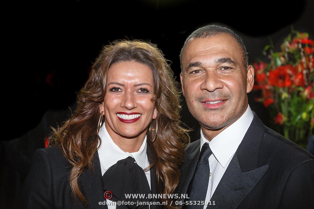 NLD/Amsterdam/20151215 - NOC / NSF Sportgala 2015, Ruud Gullit en partner Karin de Rooij