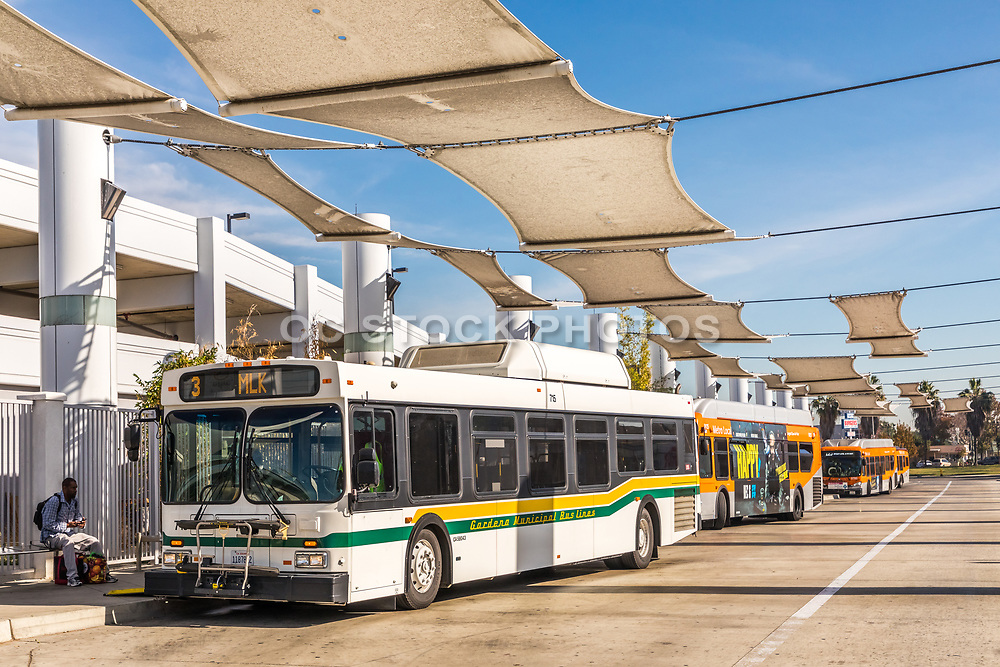 Metro Local Buses at Compton Blue Line Station
