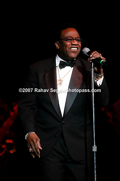 Al Green performing at Madison Square Garden's Theater on August 7, 2007...Photo Credit; Rahav Segev for The New York Times.