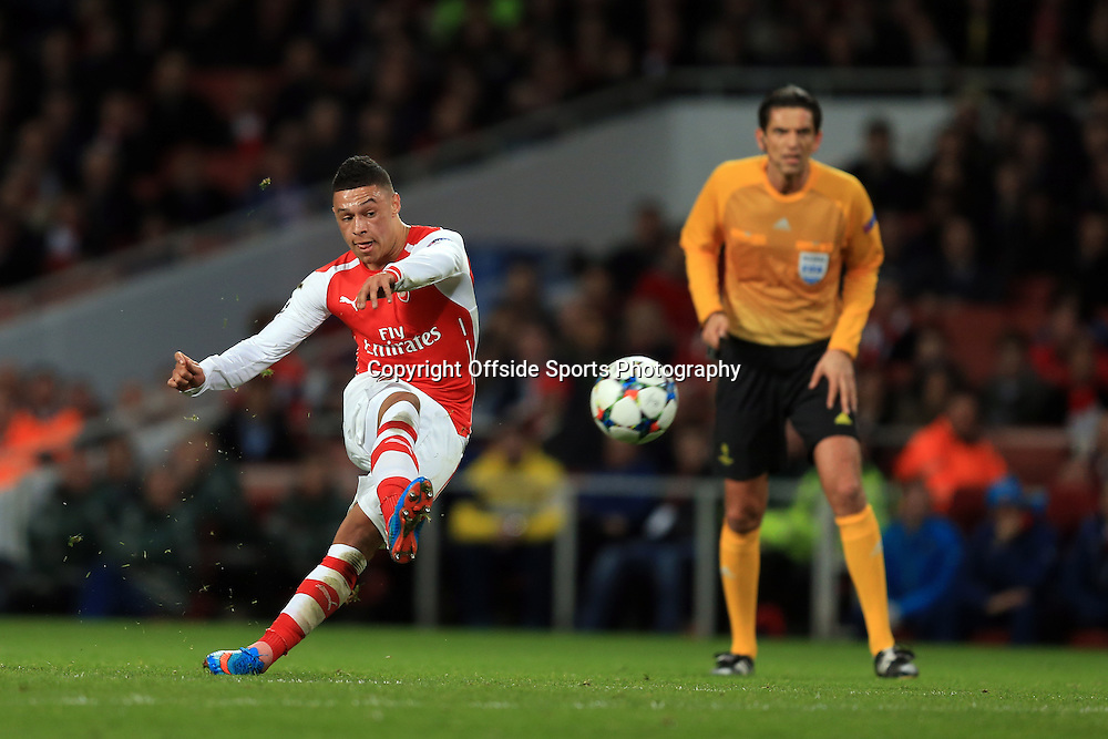 25 February 2015 - UEFA Champions League - Last 16 (1st Leg) - Arsenal v AS Monaco - Alex Oxlade-Chamberlain of Arsenal scores a goal - Photo: Marc Atkins / Offside.