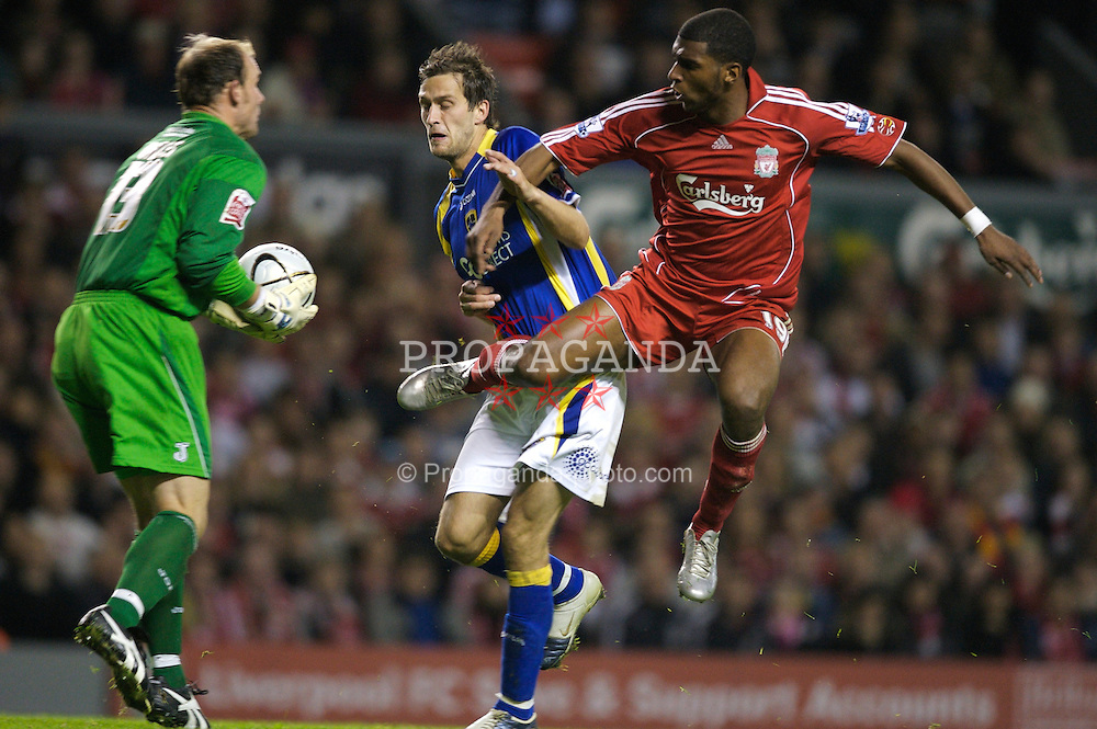 LIVERPOOL, ENGLAND - Wednesday, October 31, 2007: Liverpool's Ryan Babel and Cardiff City's goalkeeper Michael Oakes and Roger Johnson during the League Cup 4th Round match at Anfield. (Photo by David Rawcliffe/Propaganda)