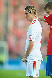 OSLO, NORWAY - Wednesday, August 5, 2009: Liverpool's Fernando Torres in action against FC Lyn Oslo during a preseason match at the Bislett Stadion. (Pic by David Rawcliffe/Propaganda)