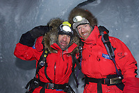 Ekspedisjoner<br /> Børge Ousland og Mike Horn sin nordpolekspedisjon 2006<br /> Foto: Dppi/Digitalsport<br /> NORWAY ONLY<br /> <br /> ADVENTURE - MIKE HORN AND BORGE OUSLAND NORTH POLE WINTER EXPEDITION 2006 - GOLOMIYANNIY / ISLAND OF SREDNY / NORTH SIBERIA (RUS) - 01/2006<br /> <br /> MIKE HORN (RSA) AND BORGE OUSLAND (NOR) BECOME THE FIRST MEN TO JOIN NORTH POLE COMPLETELY UNASSISTED IN ARCTIC WINTER AFTER WALKING 1000 KM IN 60 DAYS AND 5 HOURS - THEY LEFT CAPE ARTICHEVSKY 20/01/2006 AT 09:00 GMT AND REACHED NORTH POLE 23/03/2006<br /> <br /> MIKE HORN (RSA) AND BØRGE OUSLAND (NOR) ON START
