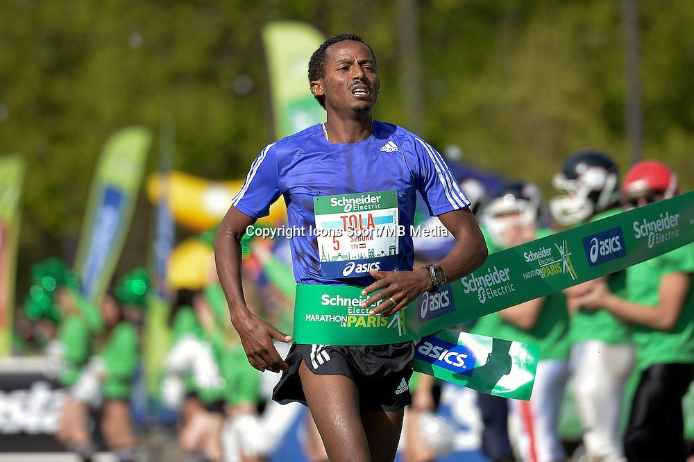 Seboka Tola - 12.04.2015 - Marathon de Paris 2015<br />Photo :  Andre Ferreira  / Icon Sport