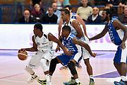DESCRIZIONE : Trento Lega A 2014-2015 Dolomiti Energia Trento Acqua Vitasnella Cantu'<br /> GIOCATORE : Tony Mitchell<br /> CATEGORIA : palleggio blocco sequenza<br /> SQUADRA : Dolomiti Energia Trento<br /> EVENTO : Campionato Lega A 2014-2015<br /> GARA : Dolomiti Energia Trento Acqua Vitasnella Cantu'<br /> DATA : 26/10/2014<br /> SPORT : Pallacanestro<br /> AUTORE : Agenzia Ciamillo-Castoria/GiulioCiamillo<br /> GALLERIA : Lega Basket A 2014-2015<br /> FOTONOTIZIA : Trento Lega A 2014-2015 Dolomiti Energia Trento Acqua Vitasnella Cantu'<br /> PREDEFINITA :
