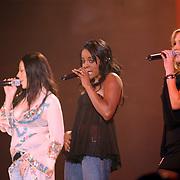 TMF awards 2004, Sugar Babes, Muyta, Keisha Buchanan, Heidi Range