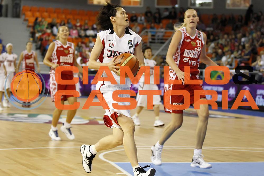 DESCRIZIONE : Brno Repubblica Ceca Czech Republic Women World Championship 2010 Campionato Mondiale Preliminary Round Japan Russia<br /> GIOCATORE : Al MITANI<br /> SQUADRA : Japan Giappone<br /> EVENTO : Brno Repubblica Ceca Czech Republic Women World Championship 2010 Campionato Mondiale 2010<br /> GARA : Japan Russia Giappone Russia<br /> DATA : 23/09/2010<br /> CATEGORIA : palleggio<br /> SPORT : Pallacanestro <br /> AUTORE : Agenzia Ciamillo-Castoria/ElioCastoria<br /> Galleria : Czech Republic Women World Championship 2010<br /> Fotonotizia : Brno Repubblica Ceca Czech Republic Women World Championship 2010 Campionato Mondiale Preliminary Round Japan Russia<br /> Predefinita :