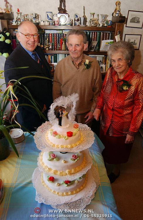 50 Jr huwelijk Fam. van Leeuwen Pr. Irenestraat 66 Huizen