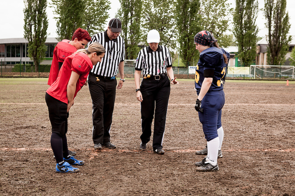 Cernusco SN, 28 aprile 2013 - Prima partita del primo Campionato Italiano di Football Americano Femminile. Neptunes - Black Marines