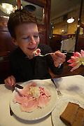 Vienna. Zum schwarzen Kameel. Beinschinken - ham and fresh-grated horseradish.