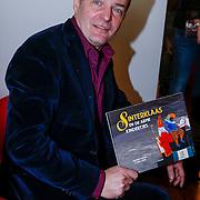 NLD/Amsterdam/20121113 - Presentatie DE Sinterklaasboekjes 2012, Herman Finkers en zijn boek