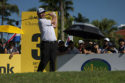 February 3, 2018 - Shah Alam, Kuala Lumpur, Malaysia - Marc Warren is seen taking a shot from hole no 3 on day 3 at the Maybank Championship 2018...The Maybank Championship 2018 golf event is being hosted on 1st to 4th February at Saujana Golf & Country Club. (Credit Image: © Faris Hadziq/SOPA via ZUMA Wire)