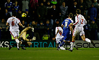 Photo: Steve Bond/Richard Lane Photography. Leicester City v Crystal Palace. E.ON FA Cup Third Round. 03/01/2009. Steve Howard (2nd R) beats keeper Julian Speroni and the cross bar. Leicester's best chance